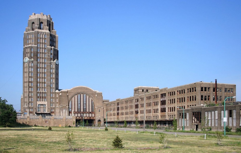 1200px Buffalo Central Terminal 2 2 1000x633 Hipster City Travel: Buffalo, New York  travels featured  SIlo City Richardson Olmsted Complex Larkin Square is Buffalo the next Austin hipster travel New York hipster travel Buffalo hipster city travel Grain Silo featured City of Night Buffalo State Hospital Buffalo ruin porn Buffalo grian silo Buffalo great place to live for young people Buffalo development Buffalo changing Buffalo Central Terminal Buffalo Allentown hipster