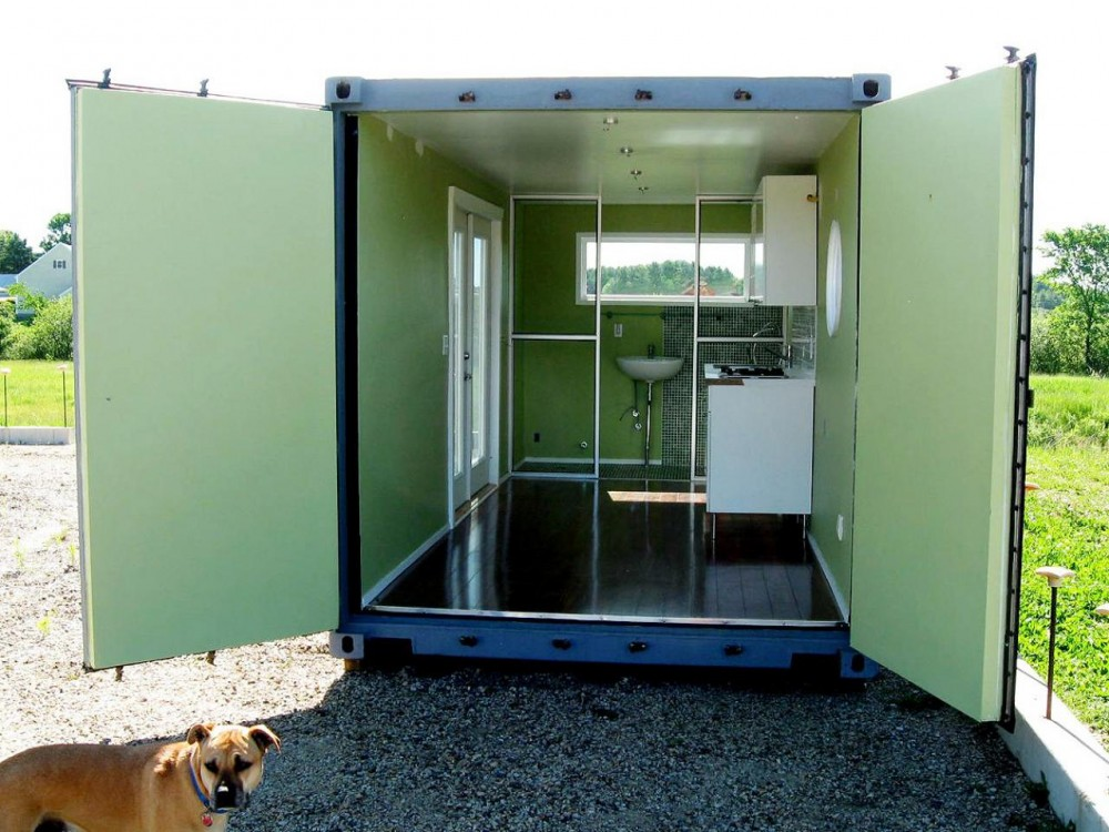 CI LeedCabins Container Home Interior S4x3rendhgtvcom