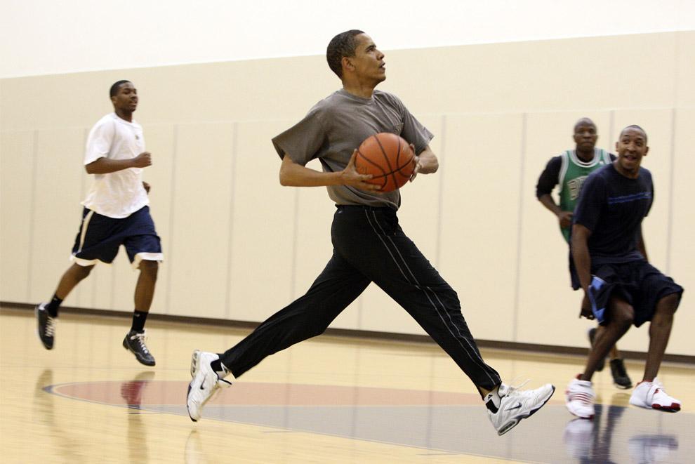 barack obama playing basketball
